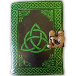 Triquetra Leather Latched Blank Book black / green