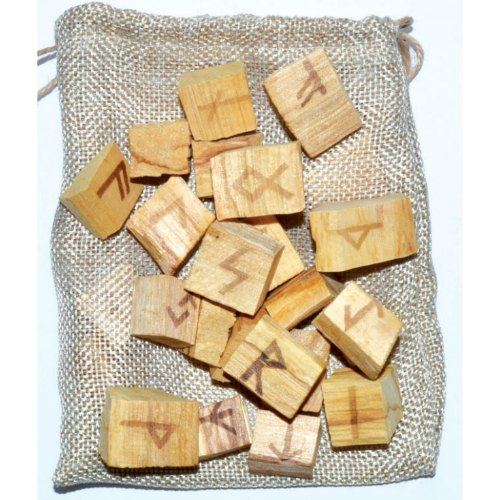 Holy Wood Palo Santo Rune Set