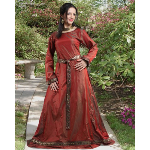 Lady Isabel Silk Medieval Gown