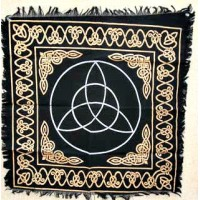 "Altar Cloth - 36"" x 36"" Triquetra in White, Gold Celtic Knots on Black"
